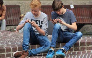 head down texting